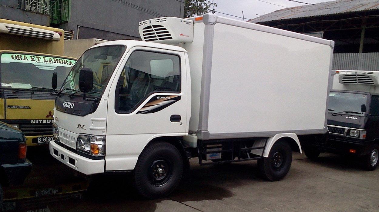 Mobil Box Pendingin Truck Distribusi Es Makanan Beku Eutectic Box